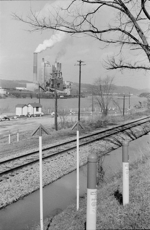 1976_021-4A PowerPlant MonValleyPa.jpg